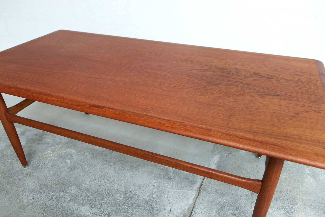 Ta 038 tack market for Table basse teck massif