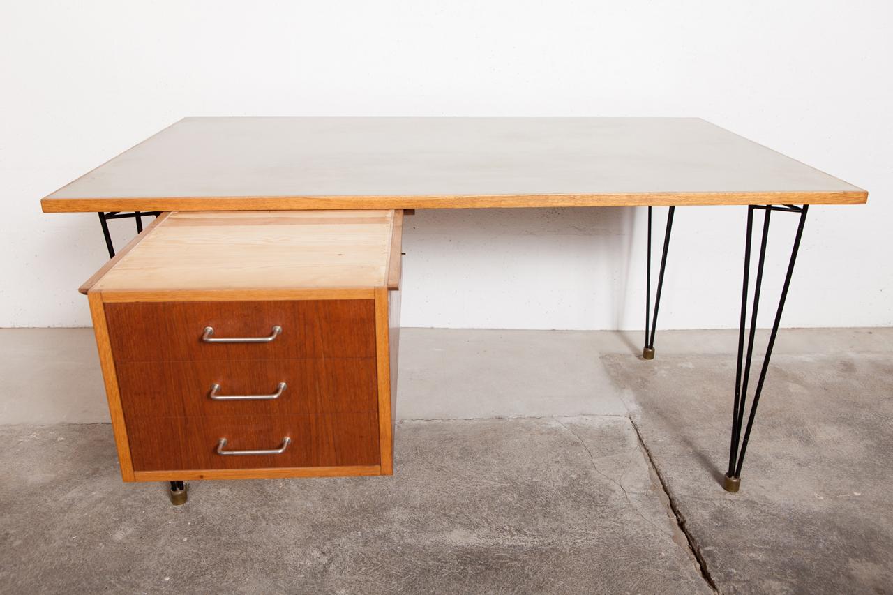 ta 051 tack market. Black Bedroom Furniture Sets. Home Design Ideas